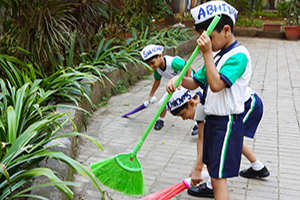 Swacch KB Abhiyan - Kohinoor Blossoms